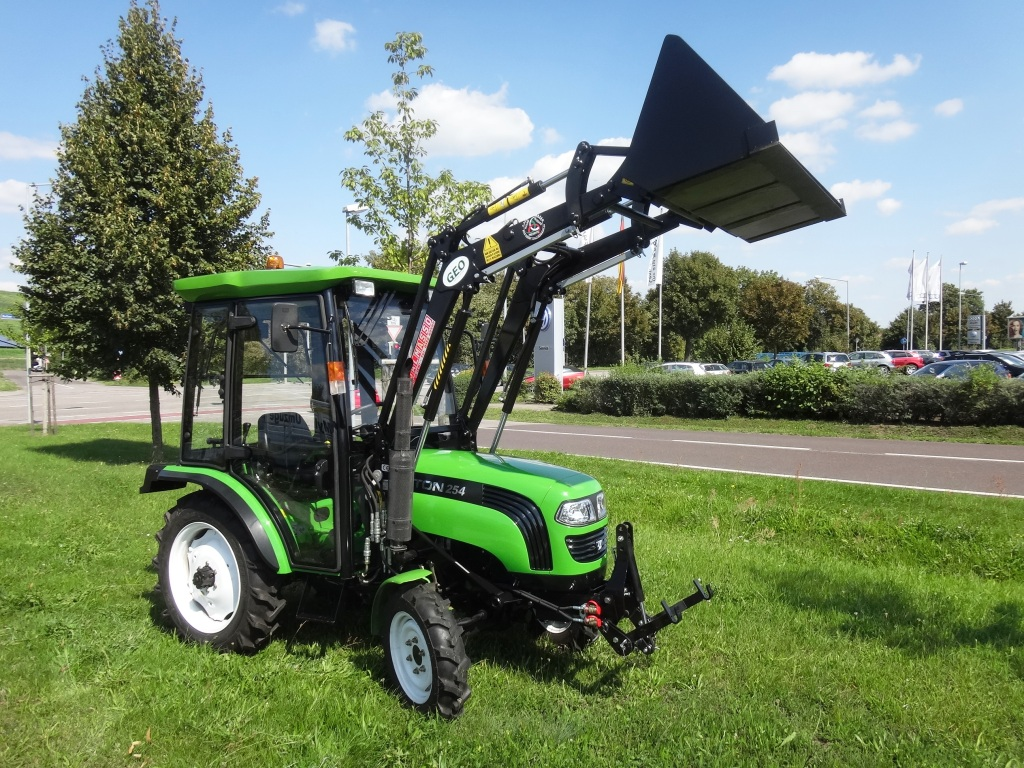 Foton 254c kabine frontlader traktor